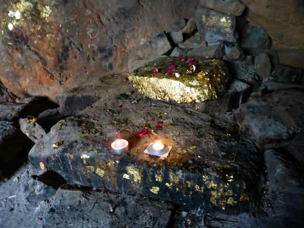 पुराणों के अनुसार, इस शहर को राजा बसु, ब्रह्मा के चौथे पुत्र द्वारा स्थापित किया गया था