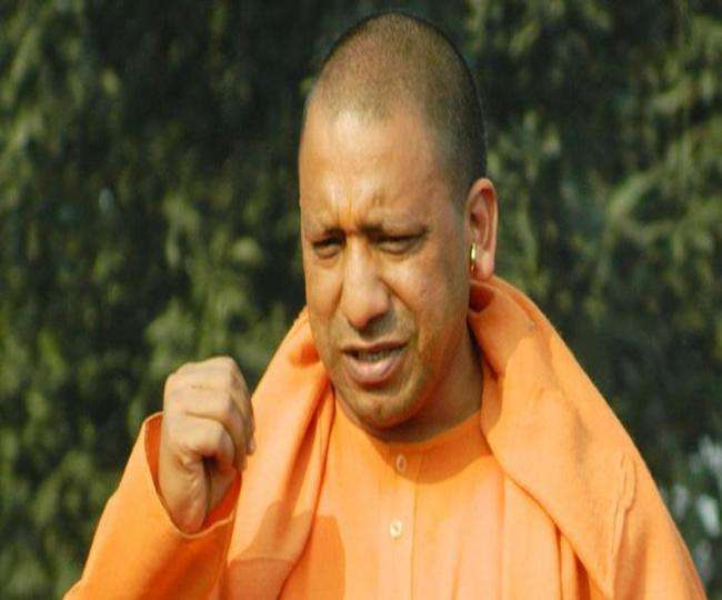 Yogi adityanath says that police should not come under anyone pressure 15950580