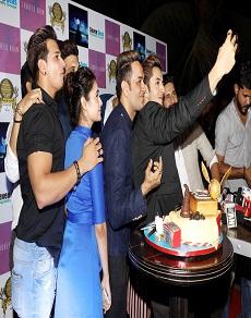 photo : एक्टर विकास गुप्ता की बर्थडे पार्टी में पहुंचा पूरा टीवीपुर