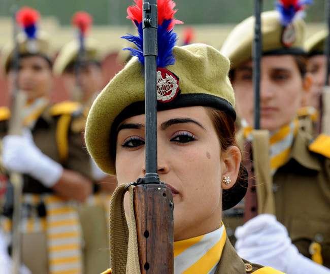 नीति आयोग ने की सिफारिश, पुलिस में 30 प्रतिशत सीटों पर भर्ती की जाएं महिलाएं