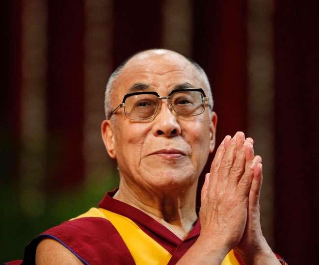 दलाई लामा पर तनातनी, चीन की धमकी दरकिनार कर भारत करेगा स्वागत