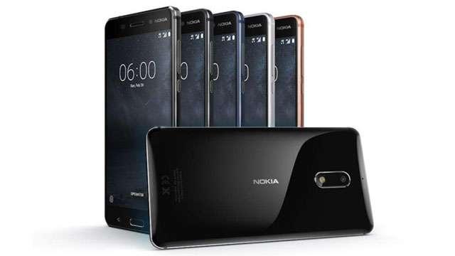 भारतीयों को लुभा रहे ये टॉप 5 स्मार्टफोन्स, कम कीमत में ज्यादा फीचर्स का फायदा