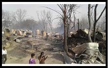 अमदाबाद में एक दर्जन परिवारों के घर जले, लाखों की क्षति