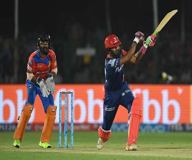 IPL-10: दिल्ली ने रोमांचक मैच में गुजरात को 2 विकेट से दी मात