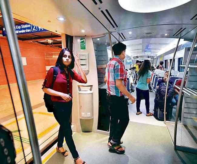 इंडिया में ट्रेन के सफर में काम आने वाली टिप्स