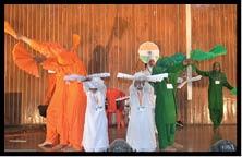 कलाकारों ने किया प्रतिभा का प्रदर्शन