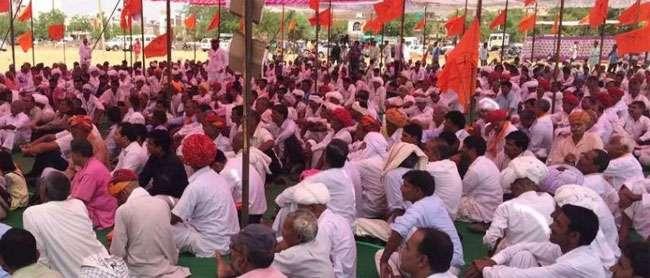 राजस्थान में किसानों ने किया चक्का जाम,सरकार ने वार्ता के लिए बुलाया