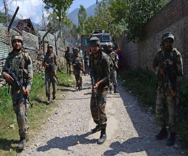 जम्मू कश्मीर के पहलगाम में मुठभेड़, सुरक्षाबलों के घेरे में आए तीन आतंकी