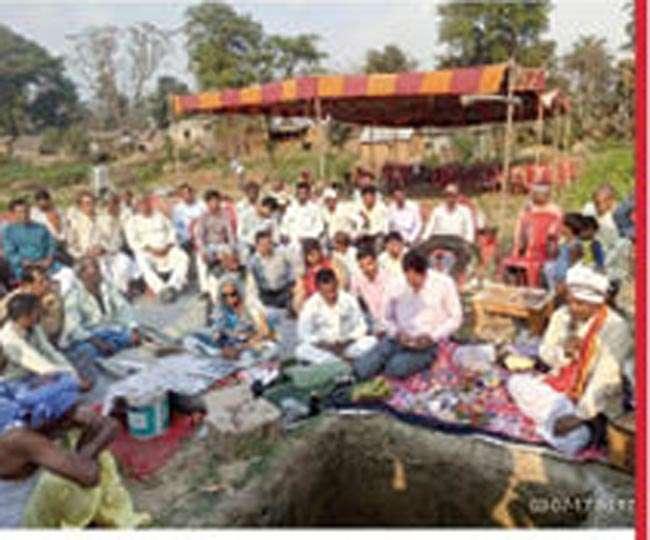 कटिहार में बनेगा भव्य शिव मंदिर, मंत्रोच्चार के बीच रखी आधारशिला