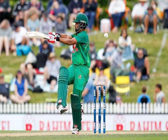 एक ही ओवर में दो बार आउट हुआ ये बांग्लादेशी, भारत को फिर भी नहीं मिला विकेट