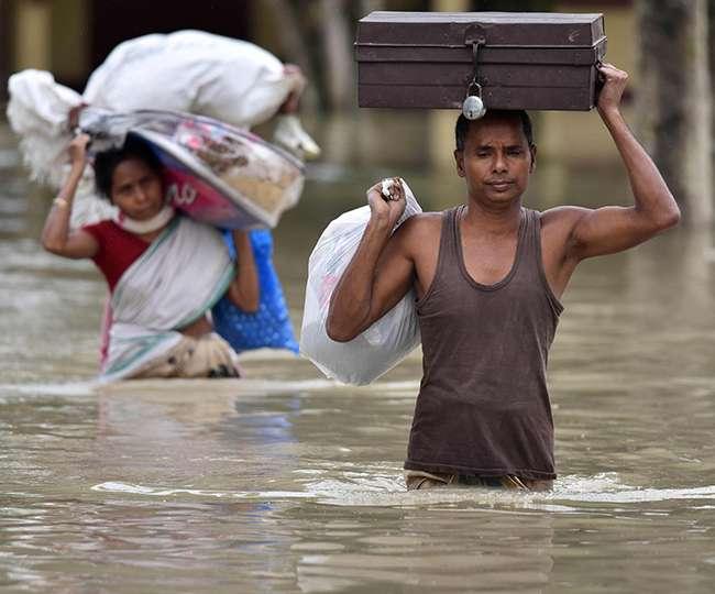 देश के ज्यादातर इलाके पानी-पानी, जानें- बाढ़ को लेकर क्यों है ऐसी बेबसी