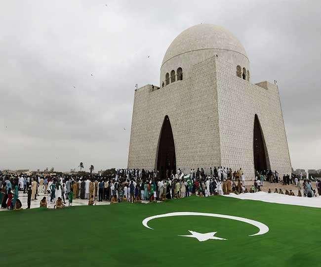 पूर्व CIA अधिकारी का दावा, दुनिया के लिए सबसे खतरनाक देश है पाकिस्तान