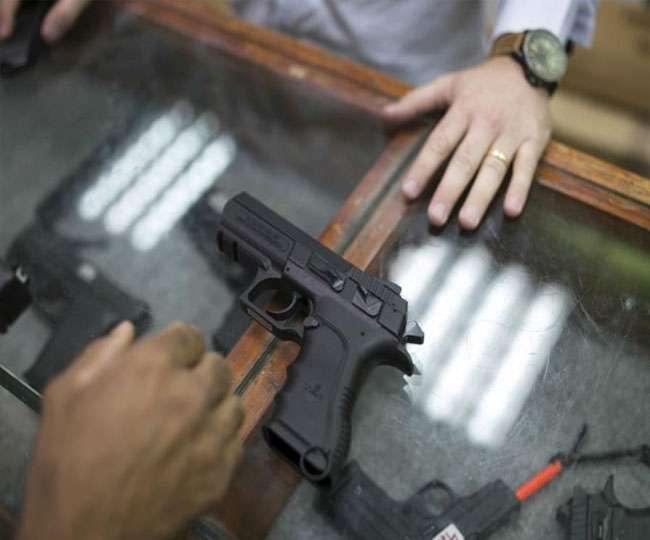 आत्मरक्षा के लिए डॉक्टरों ने मांगे शस्त्र लाइसेंस