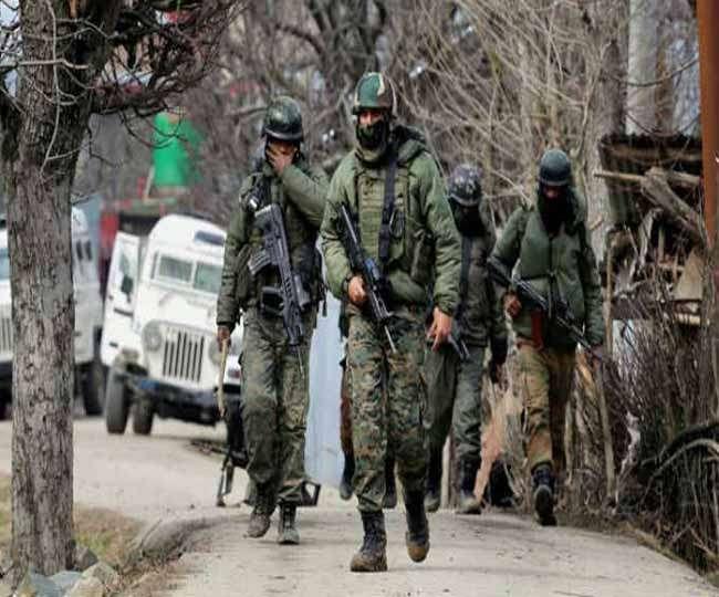 जम्मू-कश्मीर: अनंतनाग में LeT के तीन आतंकी ढेर, सर्च ऑपरेशन जारी