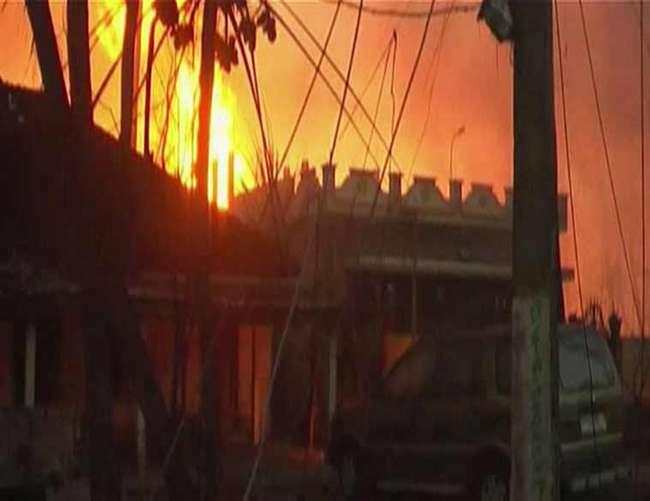 आगरा में तीन पेट्रोल पंप कर्मी आग में झुलसे, मौत