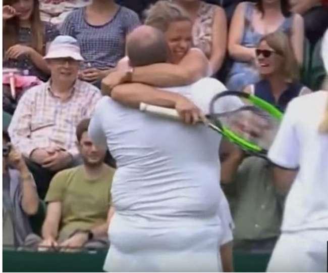 विंबलडन में जब इस महिला खिलाड़ी ने अपने पुरुष फैन को पहना दी स्कर्ट