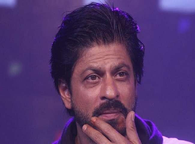 कहीं भी अकेले आने-जाने से क्यों डरते हैं शाहरुख़ खान