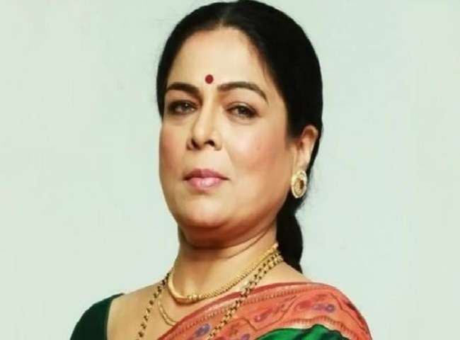 अलविदा: बड़े परदे ही नहीं छोटे परदे पर भी किया राज, जानें रीमा लागू की पूरी लाइफ जर्नी