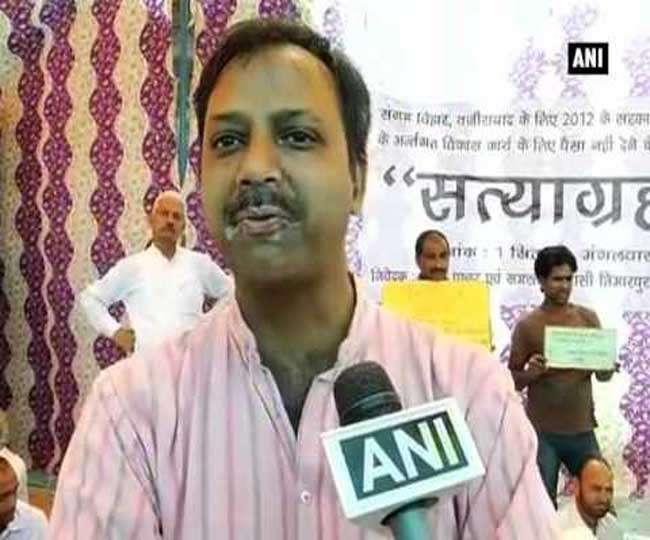 AAP में बगावत के सुर तेज, कपिल मिश्रा के बाद एक और विधायक बना बागी