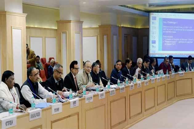 GST काउंसिल: महंगे होटल और प्राइवेट लॉटरी पर लगेगा 28% टैक्स