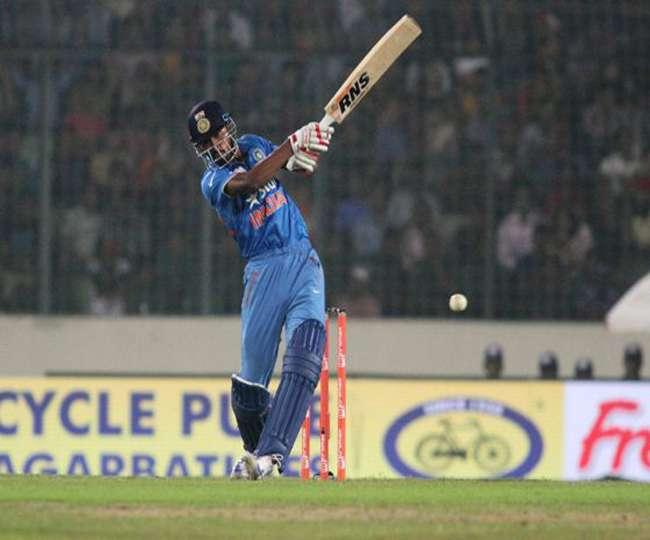 इस बेखौफ बल्लेबाज़ ने छुडाए पाक के पसीने, फिर जड़े लगातार 3 गेंद पर 3 छक्के