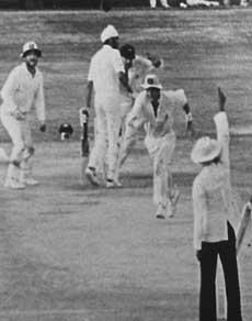 भारत-ऑस्ट्रेलिया के बीच इन 5 मैचों ने रोक दी थी सबकी सांसें, देखें तस्वीरें