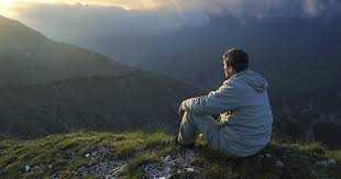 स्वभाव या आदत व्यक्ति के जन्म के साथ आती है और जीवन भर साथ रहती है