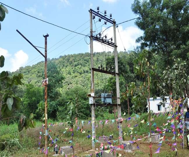 यूपी में विद्युतीकरण के लिए सिर्फ छह गांव बचे, अब मजरों-टोलों की बारी