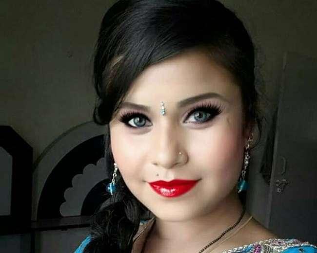 भोजपुरी फिल्मों की अभिनेत्री अंजली श्रीवास्तव ने की ख़ुदकुशी