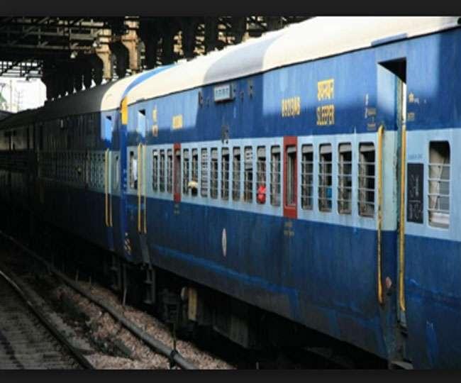 भारी बारिश से 11 ट्रेनें रद, पांच बदले रूट पर चलेंगी