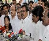 तमिलनाडु: अयोग्य घोषित किए गए 18 विधायकों ने किया हाईकोर्ट का रुख