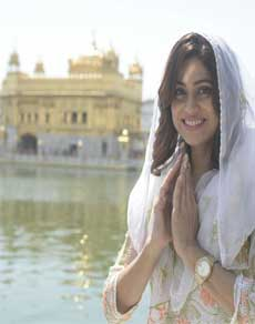 देखें तस्वीरें : श्री हरमंदिर साहिब दर्शन के लिए पहुंची अभिनेत्री शमिता शेट्टी