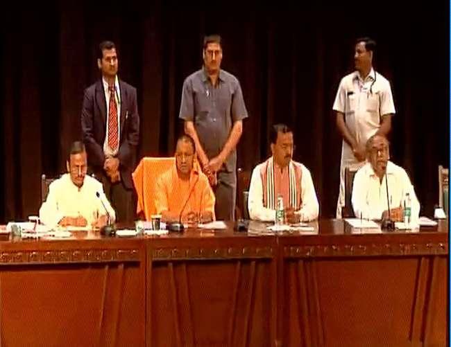 मुख्यमंत्री योगी अादित्यनाथ का फरमान, अफसर 15 दिन में दें संपत्ति का ब्यौरा