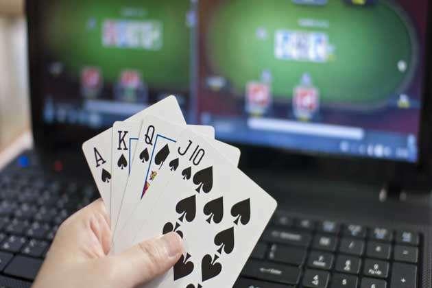 क्या भारत में लीगल है ऑनलाइन पोकर? गेमिंग इंडस्ट्री में पारंपरिक कैसिनो की पेशकश कर रही हैं वेबसाइट्स