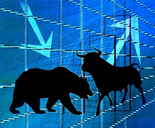 सेंसेक्स-निफ्टी में गिरावट, मिडकैप और स्मॉलकैप शेयर्स में खरीदारी