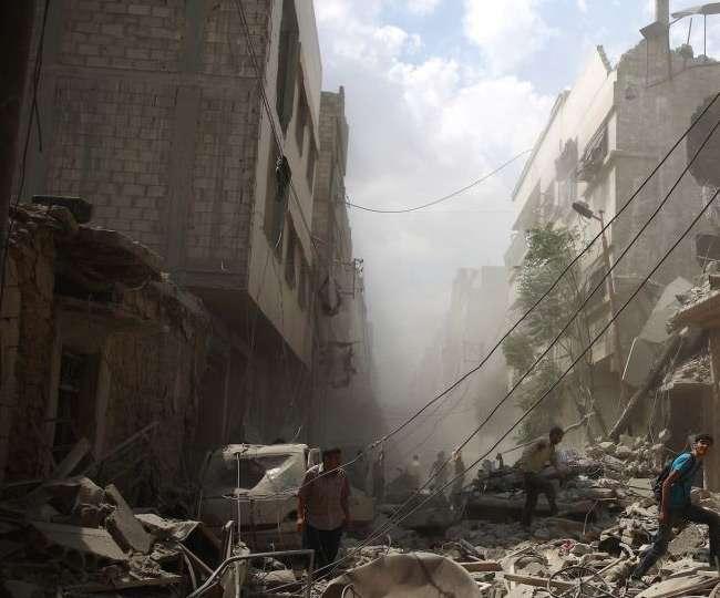 सीरिया में फिर तेज हुई लड़ाई, सेना ने की भीषण बमबारी