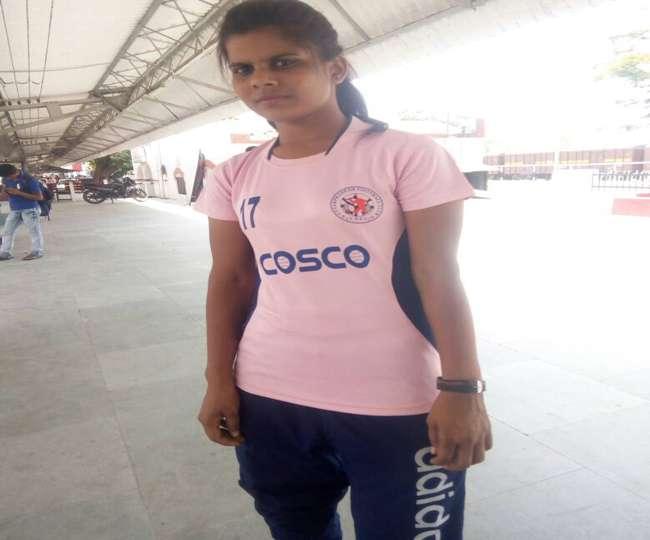 बेटों को मात देती एक बेटी, बनी यूपी महिला टीम की कप्तान