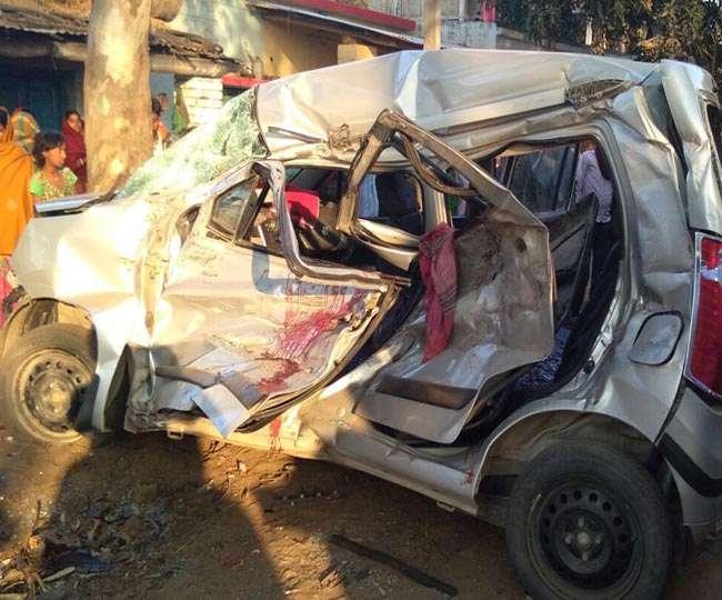 कर्नाटक में कार-ट्रक दुर्घटना में एक ही परिवार के पांच की मौत