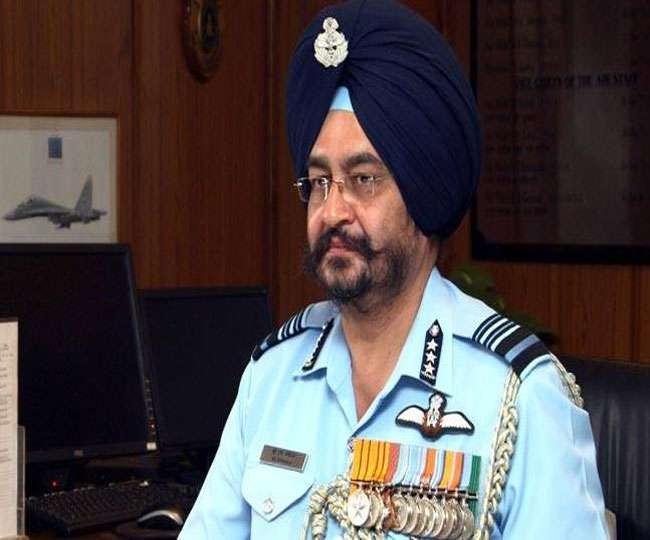 एयरचीफ मार्शल बीएस धनोवा ने कहा, वायुसेना में लड़ाकू विमानों की कमी