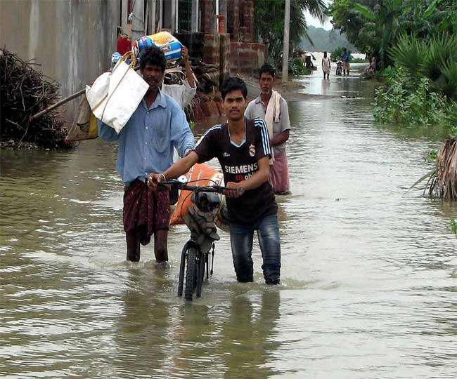 त्रिपुरा में भयंकर बाढ़, लगभग 2000 परिवार विस्थापित
