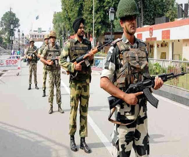 कश्मीर घाटी में सेना पर आतंकी हमले, युवक घायल
