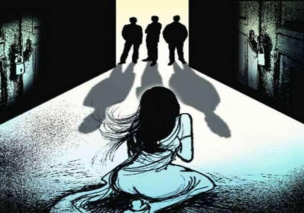 महिलाओं के खिलाफ बढ़ते अपराध के लिए यूपी, हरियाणा सरकार दोषी: कार्यकर्ता
