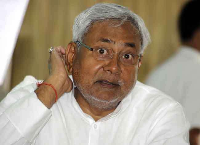 बिहार: उद्घाटन से पहले बह गया नहर बांध, विपक्ष ने कहा- भ्रष्टाचार की हद है