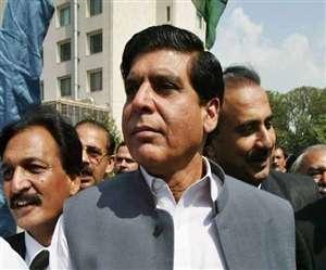 पाकिस्तान के एक और पूर्व प्रधानमंत्री के खिलाफ मामला दायर