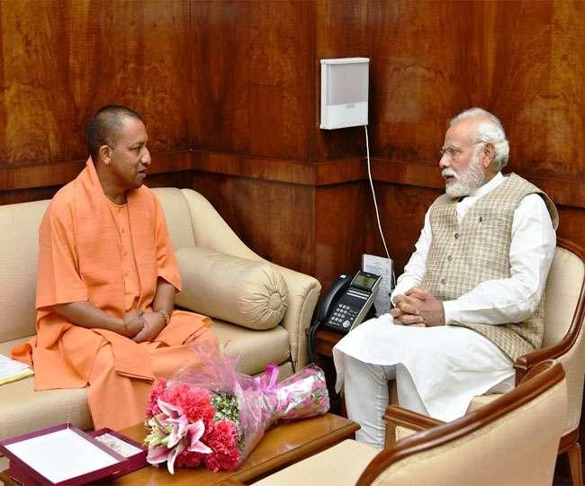 प्रधानमंत्री मोदी से मिले योगी अादित्यनाथ, कई अहम मुद्दों पर हुई चर्चा