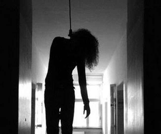 महिला को आत्महत्या के लिए मजबूर करने वाले पुलिस ऑफिसर को 10 साल की सजा