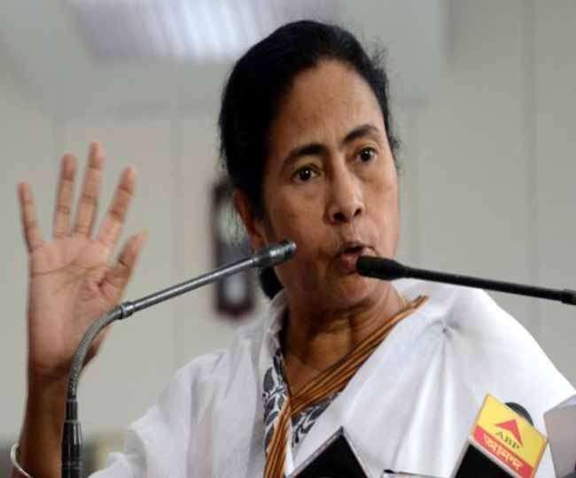 ममता ने साधा भाजपा पर निशाना, देश में हो रही हिंदू-मुस्लिम की राजनीति