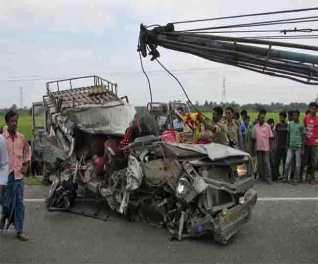 आंध्रप्रदेश: चित्तुर में सड़क दुर्घटना में 20 की मौत, PM ने जताया दुख