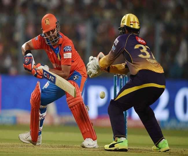 रैना की कप्तानी पारी के दम पर गुजरात ने कोलकाता को उसके घर में हराया