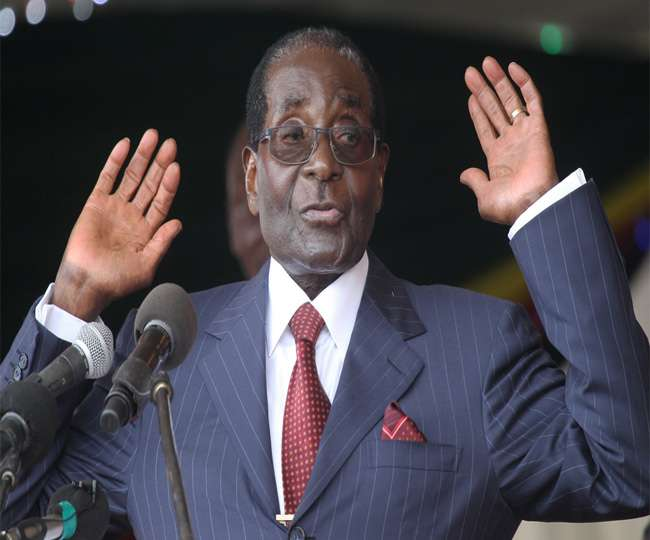बर्खास्त उपराष्ट्रपति ने मुगाबे से इस्तीफा देने की अपील की